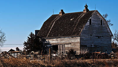 Photograph - History With A Barn by Edward Peterson