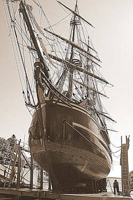 Maine Bounty Photograph - Hms Bounty Haul Out by Doug Mills