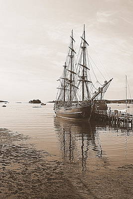 Photograph - Hms Bounty Preparing To Set Sail by Doug Mills