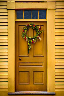 Photograph - Holiday Wreath by Robert Clifford