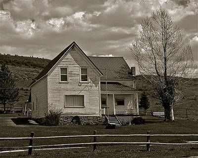 Photograph - Home For The Cowboy by Eric Tressler