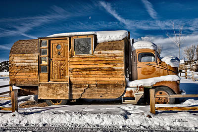Photograph - Home On Wheels by Christopher Holmes