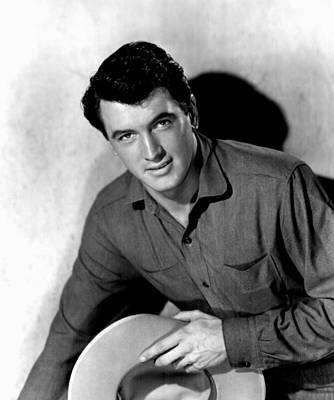 1952 Movies Photograph - Horizons West, Rock Hudson, 1952 by Everett