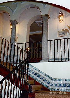 Photograph - Hostal Del Cardenal Stairway by Barbara Plattenburg