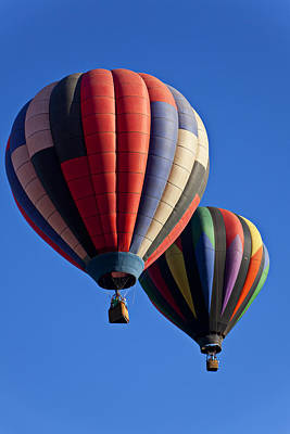 Photograph - Hot Air Ballons Floating High by Garry Gay