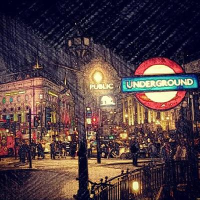 How London Looks Like At Night? May Art Print