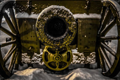 Print featuring the photograph Howitzer by Matti Ollikainen