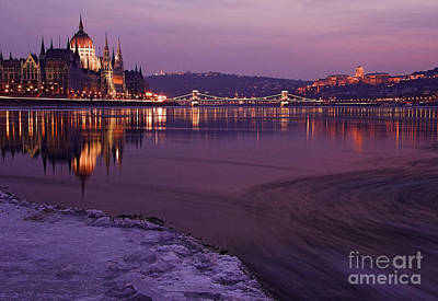 Budapest Sightseeing Tours Photograph - Hungarian Parliament by Odon Czintos