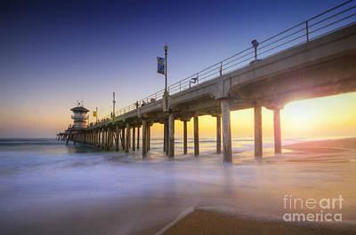 Photograph - Huntington Beach Pier Sunset by Yhun Suarez