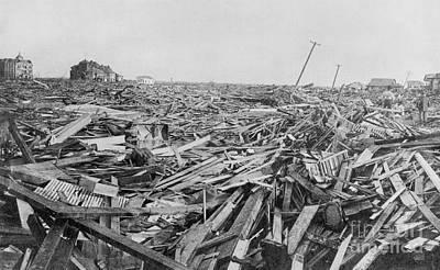Hurricane Damage, Galveston, 1900 Art Print by Science Source