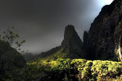 Photograph - Iao Mountains by Richard Omura