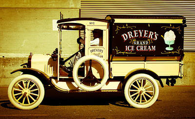 Jake Johnson Photograph - Ice Cream Truck by Jake Johnson