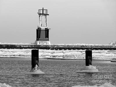 Photograph - Icy Breakwater by David Bearden