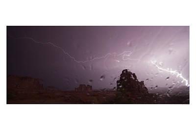 Illuminating Wetness Art Print by Andreas Hohl