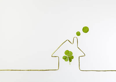 Y120831 Photograph - Image Of Eco House Made Of Leaves by sozaijiten/Datacraft
