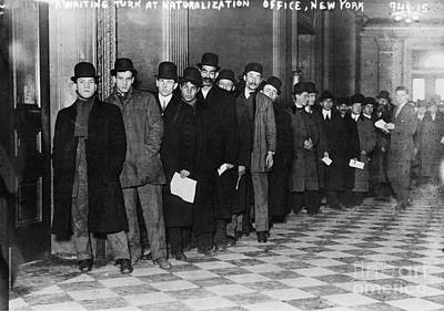 10s Photograph - Immigrants Waiting In Line by Photo Researchers