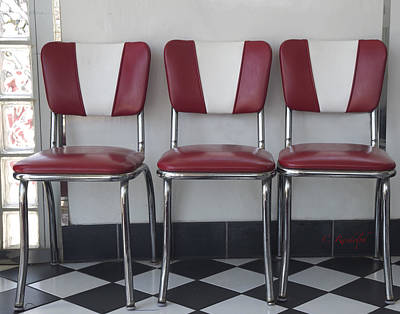 Mid Century Furniture Photograph - In A Row by Cheri Randolph