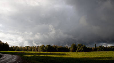 Incoming Rain Print by Robert Hellstrom