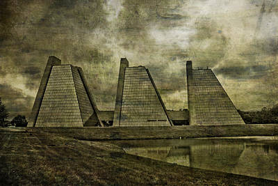 Mixed Media - Indianapolis Pyramids Textured by David Haskett II