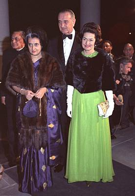 Indira Gandhi With President And Lady Art Print by Everett