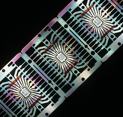 Integrated Photograph - Integrated Circuits by Pasieka