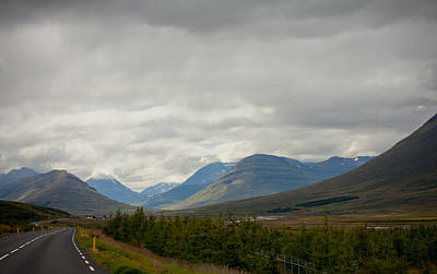 Photograph - Into The Mountains by Anthony Doudt