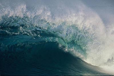 Intricacy In A Wave's Lip Art Print