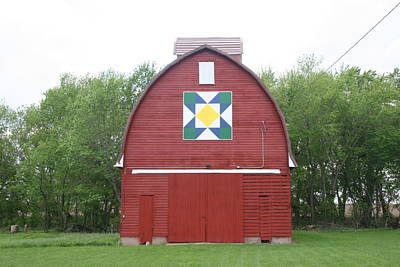 Photograph - Iowa Barn Quilt Painting by Amelia Painter
