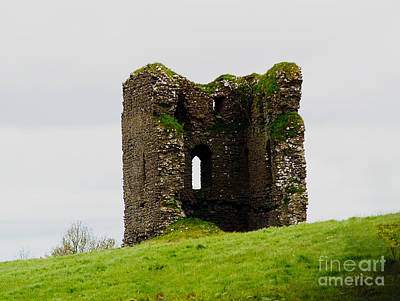 Photograph - Ireland- Castle Ruins I by Patricia Griffin Brett