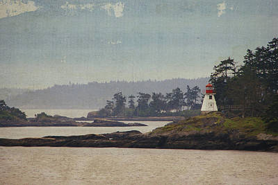 Photograph - Island Lighthouse - Textured by Marilyn Wilson