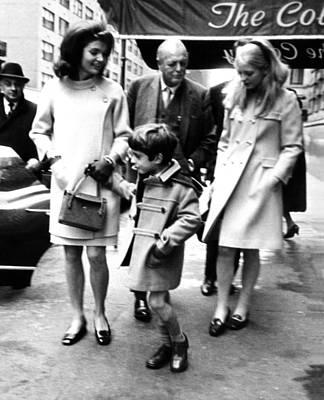 Bouffant Photograph - Jacqueline Kennedy, Randolph Churchill by Everett