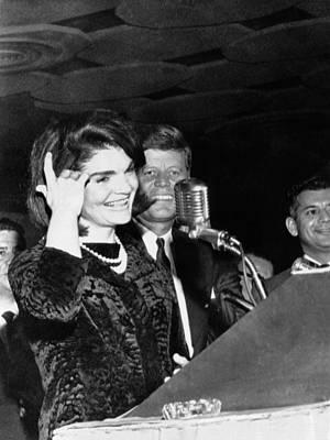 Jacqueline Kennedy Speaking In Spanish Print by Everett
