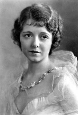 Cleft Chin Photograph - Janet Gaynor, Ca. 1929 by Everett