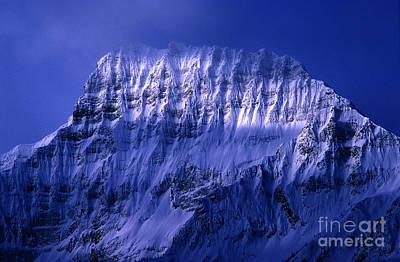 Mountain Scenery Photograph - Jasper - Mount Geraldine by Terry Elniski