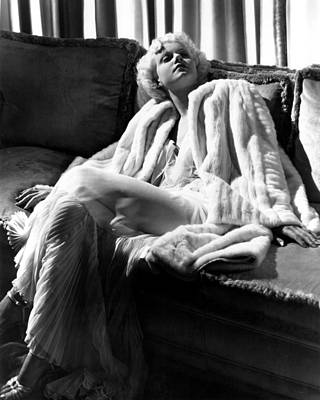 Jean Harlow In A White Gown And White Art Print by Everett