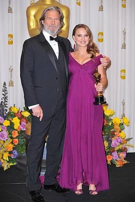 Kodak Theatre Photograph - Jeff Bridges, Natalie Portman, Best by Everett