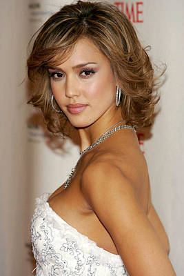 Jessica Alba Wall Art - Photograph - Jessica Alba At Arrivals For The Black by Everett
