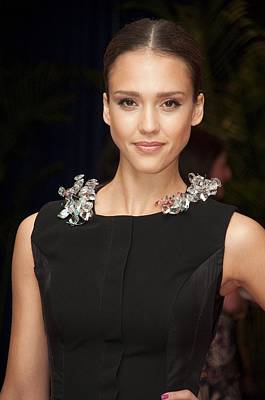 Jessica Alba Wall Art - Photograph - Jessica Alba Wearing A Marios Schwab by Everett