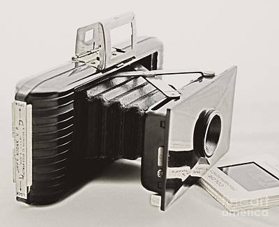 Photograph - Jiffy Kodak Vp Camera by Kathleen K Parker