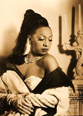 Photograph - Josephine Baker by Roberto Prusso