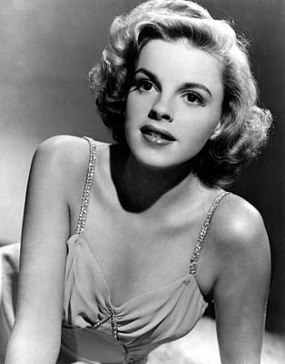 Judy Photograph - Judy Garland In The Early 1940s by Everett