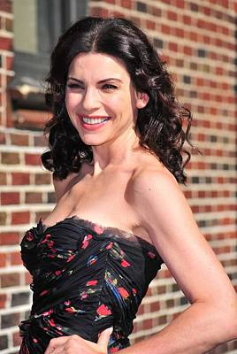 Julianna Margulies At Talk Show Art Print