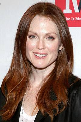 In Attendance Photograph - Julianne Moore In Attendance by Everett