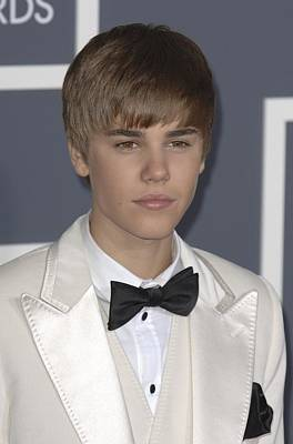 The 53rd Annual Grammy Awards Photograph - Justin Bieber At Arrivals For The 53rd by Everett