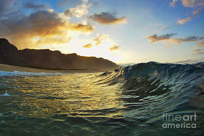 Photograph - Ka'ena Point Sunset by Paul Topp