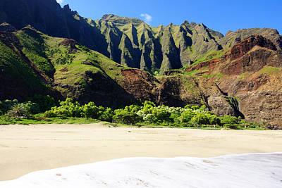 Kalalau Beach Photograph - Kalalau Beach Cliffs Kauai by Kevin Smith