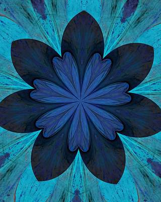 Digital Art - Kaleidoscope Flower 060812 by David Lane
