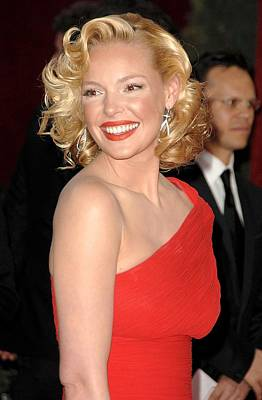 Kodak Theatre Photograph - Katherine Heigl At Arrivals For Red by Everett