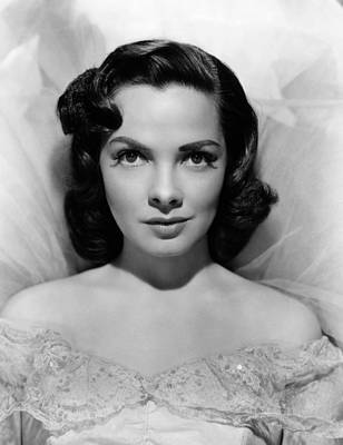 Kathryn Photograph - Kathryn Grayson, Ca. 1940s by Everett