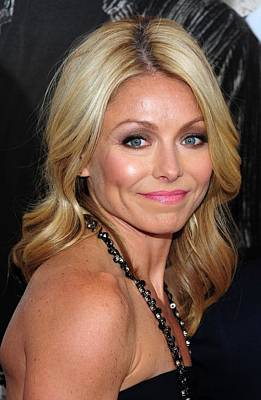 Kelly Ripa At Arrivals For Cop Out Art Print
